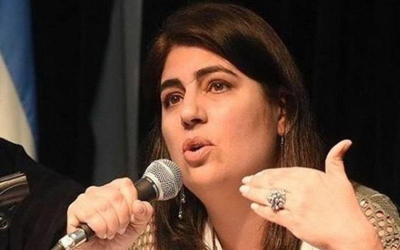 Ana Castellani   «Del núcleo duro a la periferia blanda»